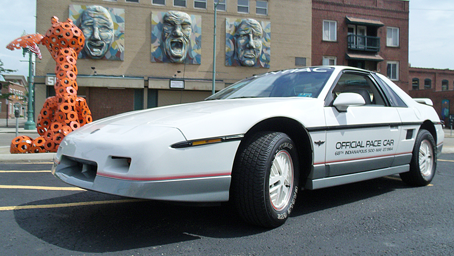 Pontiac Indy Fiero Pace Car Edition