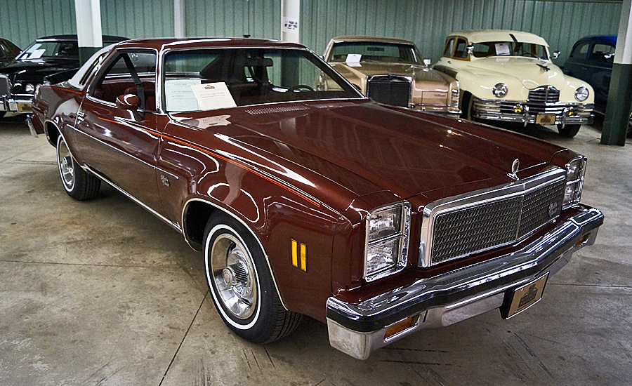 Chevrolet Malibu Classic Landau
