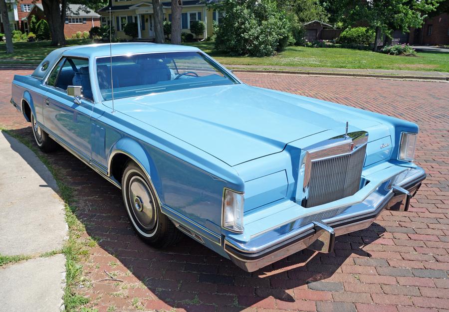 Lincoln Continental Mk V