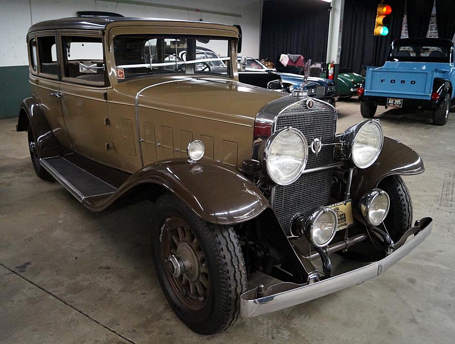 Cadillac 355A